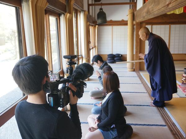 正覚寺の座禅体験