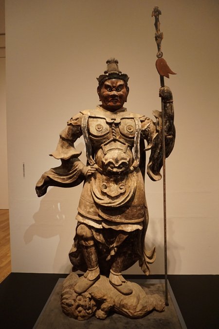 石道寺の持国天立像