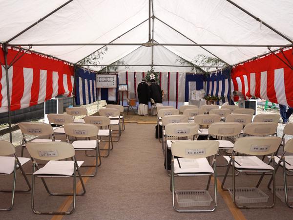 宿坊地鎮祭のテントの中