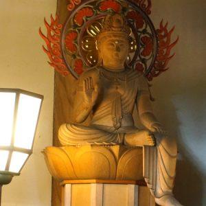 深大寺の弥勒菩薩