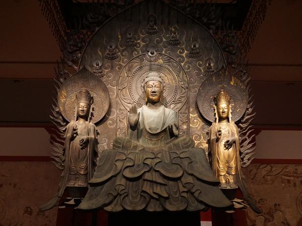 法隆寺釈迦三尊像(クローン)