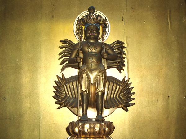 正妙寺の十一面千手千足観音菩薩