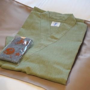 和空下寺町の作務衣型浴衣