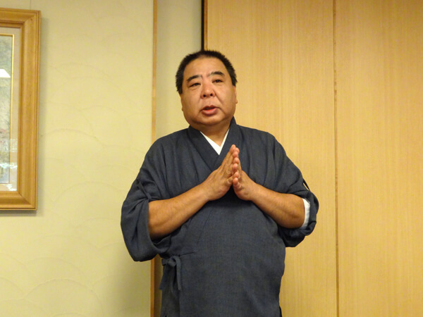 安詳寺の小島知広住職