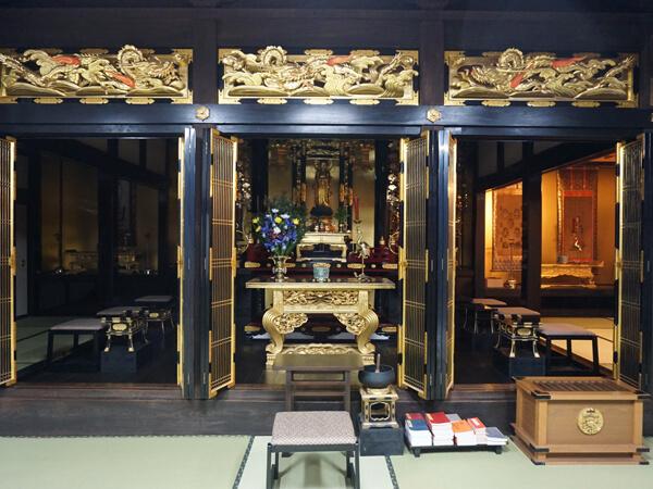 大分県・長仁寺の本堂